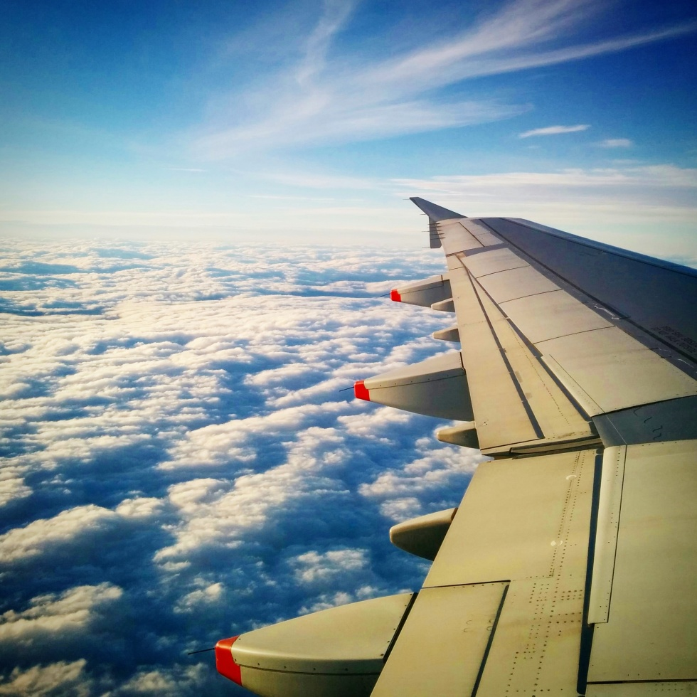 Plane wing photos dont have to cost the earth